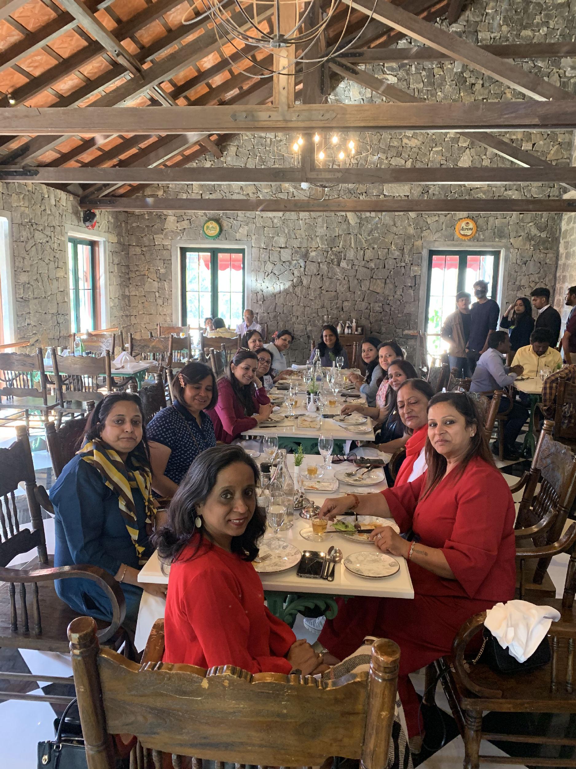 Lunch at Tamara kodai